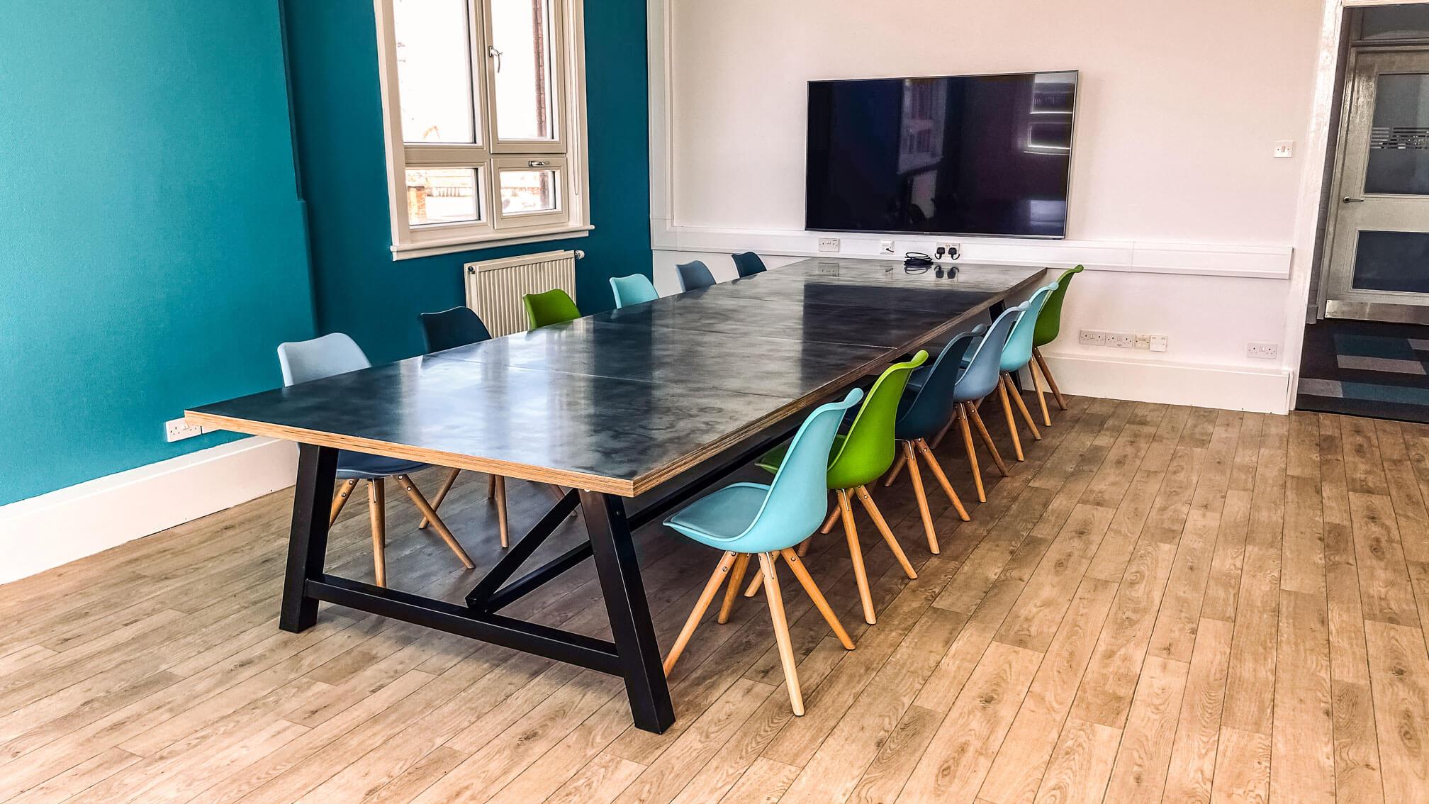 Office Hybrid breakout space