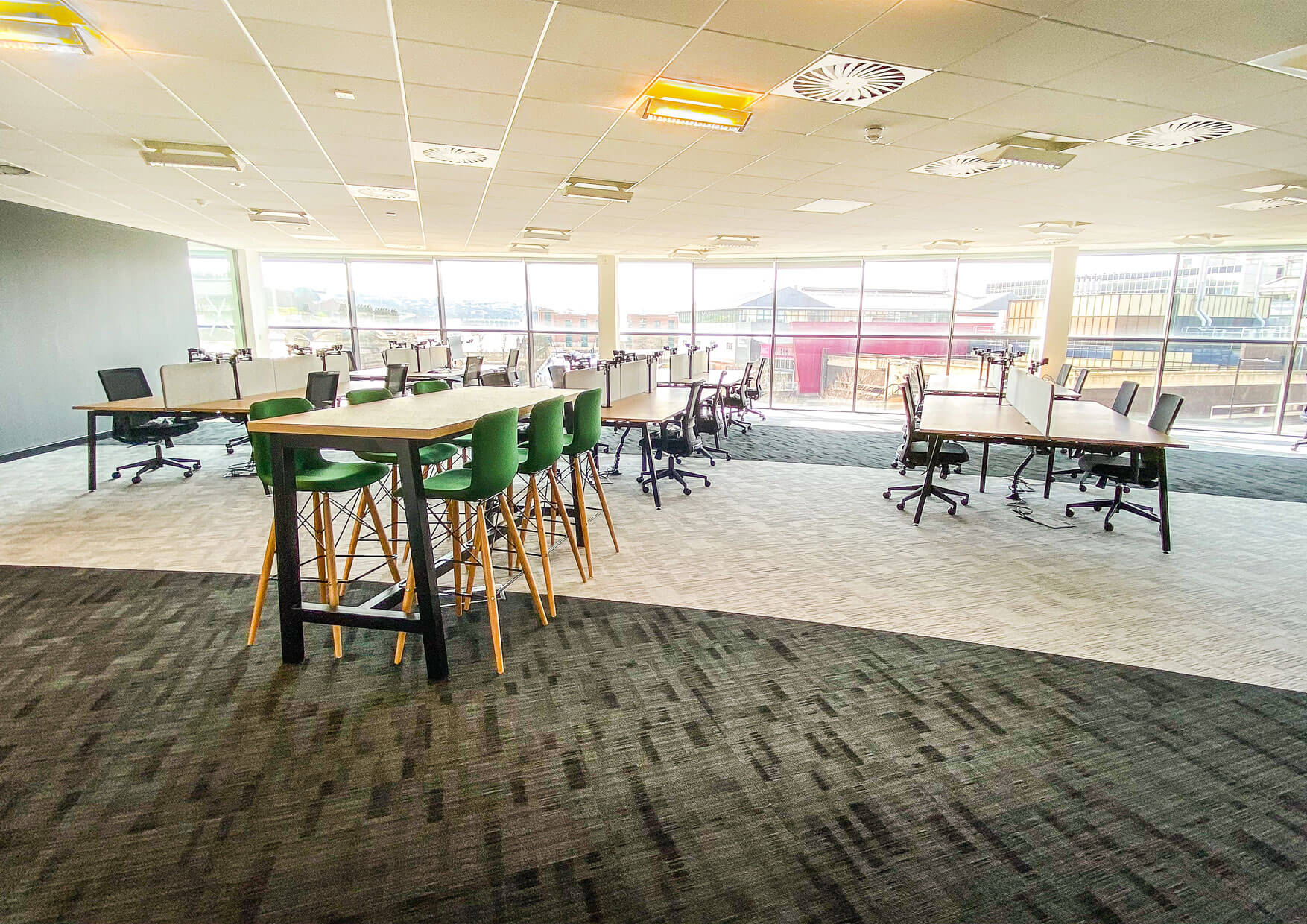 Curvalux open plan office fitout Yorkshire